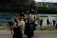 yrq02whsebagpipers
